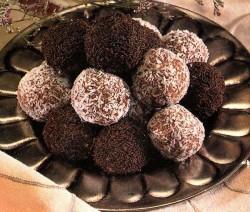 كرات البسكويت بالشوكولاتة