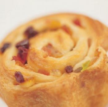 خبز سويسرا على شكل حلزون
