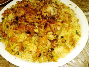الأرز بالدجاج و الخضر
