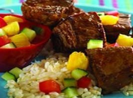 اللحم المشوي بقطع الأناناس