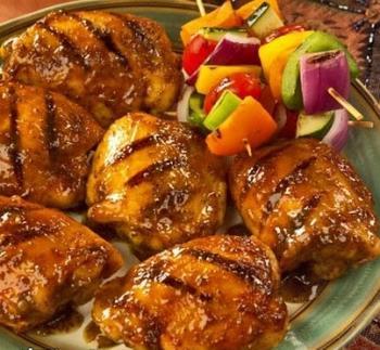 صدر الدجاج المشوية بالبشاميل