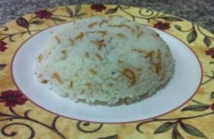 الأرز بالشعرية