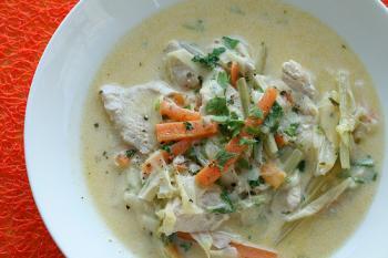 حساء الدجاج بالخضراوات